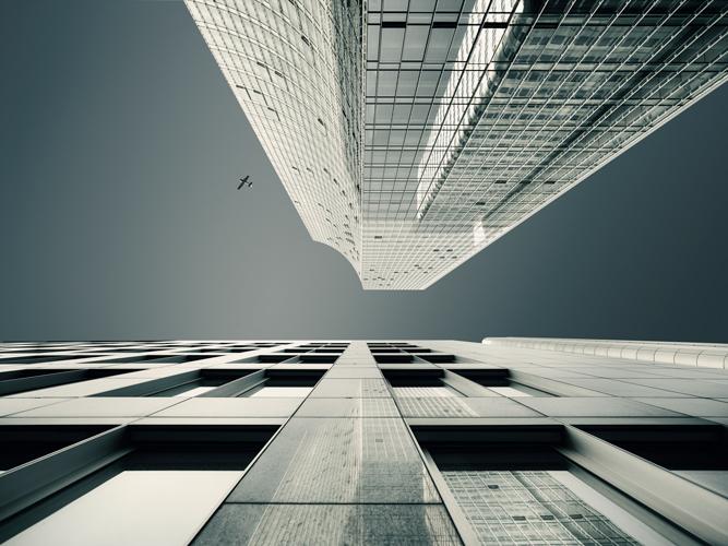 13_08-Skyscraper_CF002229